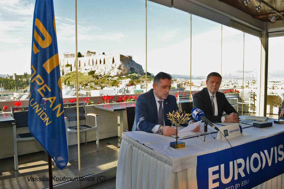 (from left to right) Sakis Pragalos, ETU President, Ingolfur Hannesson, Head of Indoor Sports