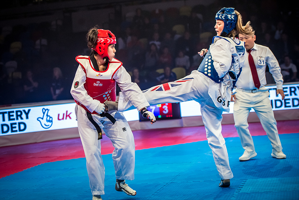Amy Truesdale (GBR) vs. Rajae Akermach (MAR) in the final match of K44 F+58kg (3)