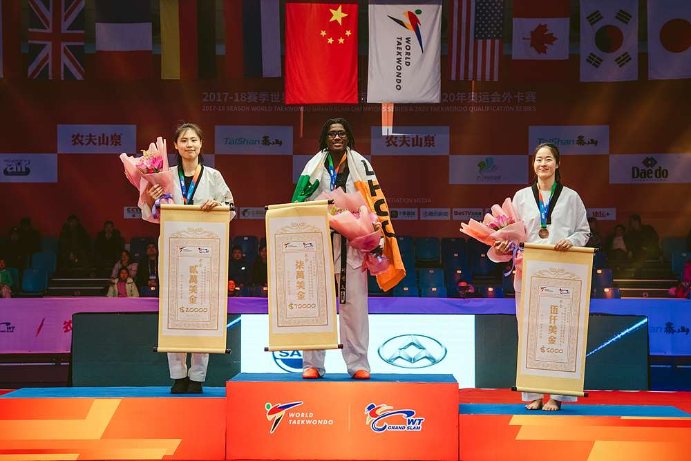 Award ceremony for W-67kg