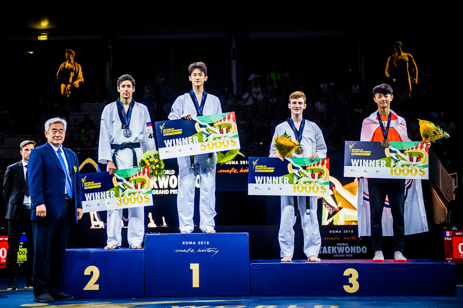 Award ceremony of M-68kg during the first day of Roma 2018 World Taekwondo Grand-Prix