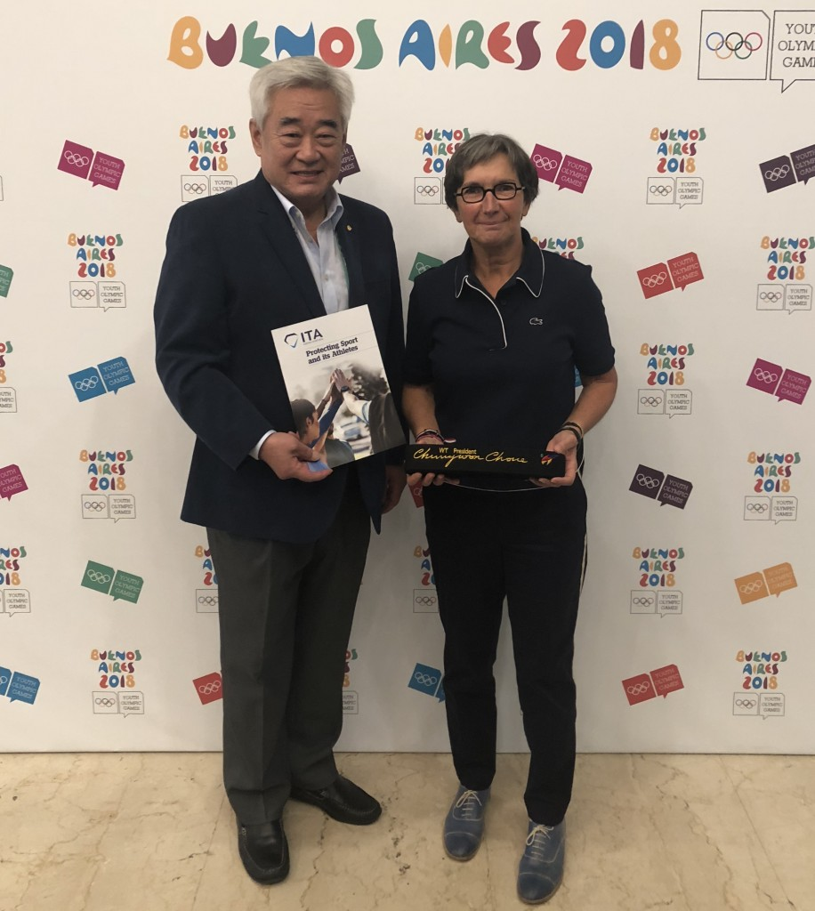World_Taekwondo_President_Chungwon_Choue__and_ITA_Chair_Dr_Valérie_Fourneyron_after_signing_the_partnership_in_Buenos_Aires