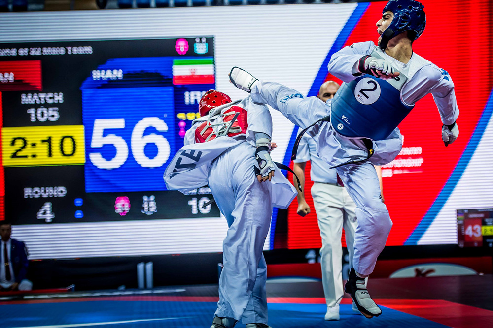 Depending champion Iran male team is attacking opponent