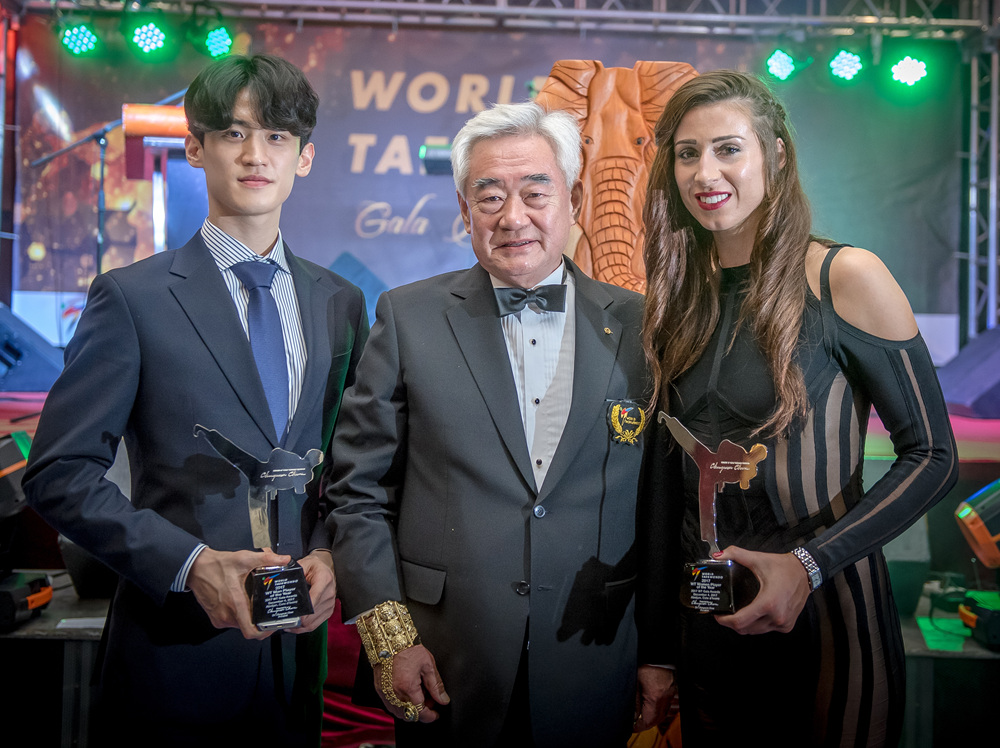 President Chungwon Choue (middle), Dae-hoon LEE (left) and Bianca Walkden (right) at 2017 WT Gala Awards