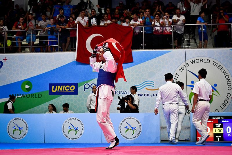 100819 - WORLD CHAMPIONSHIP CADETS 2019-SEMIFINALS FINALS-112