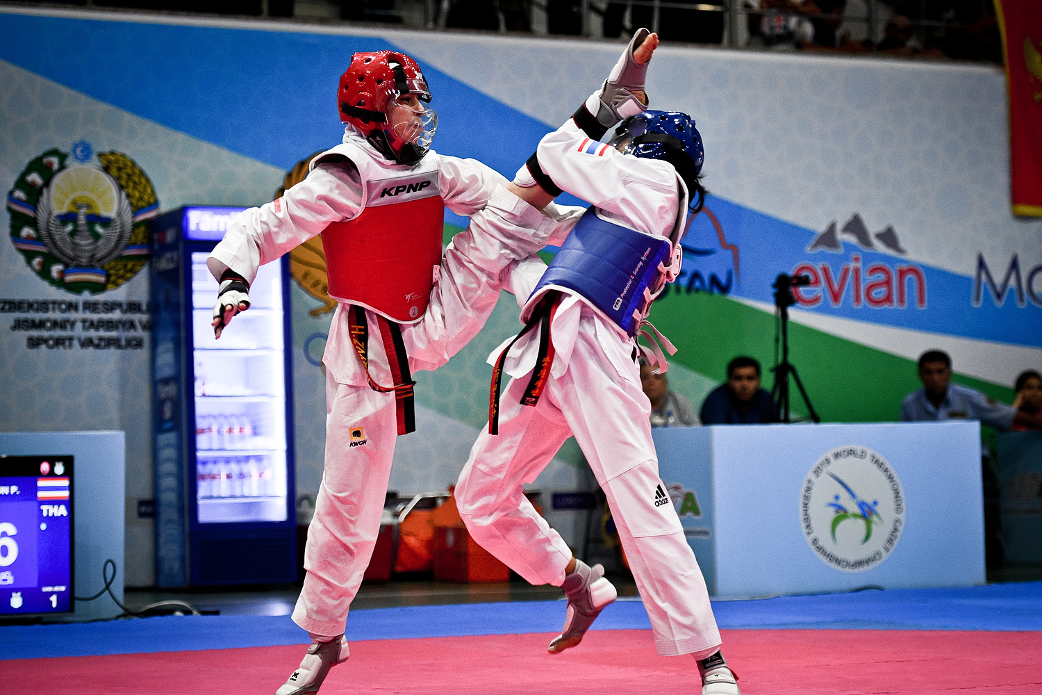 ZARIN NAAL SHEIKHANI ZAHRA (IRI) attacks opponent at the final of W-41kg